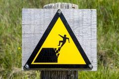 Borde peligroso del acantilado Foto de archivo libre de regalías