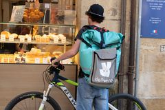 Free Bordeaux , Aquitaine / France - 11 07 2019 : Deliveroo Man Bike Restaurant British Online Food Delivery Company Stock Photography - 163774262