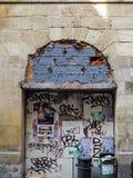 BORDEAUX, GIRONDE/FRANCE - SEPTEMBER 19 : Graffiti Covered Archw Royalty Free Stock Image