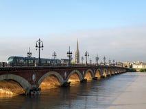 BORDEAUX GIRONDE/FRANCE - SEPTEMBER 19: Pont de Pierre Spannin Arkivfoton