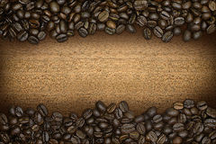 A border of coffee beans Royalty Free Stock Images