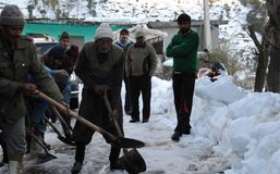 Border Roads Organisation personnel clearing snow. From the Mughal Road in Poonch District Royalty Free Stock Images