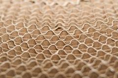 Bordes ondulados de capas dobladas de bobina redonda de la cartulina acanalada Fotografía de archivo libre de regalías