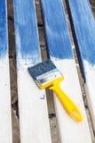 Bordi bianchi dipinti in blu Immagini Stock Libere da Diritti