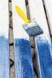 Bordi bianchi dipinti in blu Fotografia Stock Libera da Diritti
