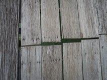 Bordi di legno anziani su un molo Immagine Stock Libera da Diritti