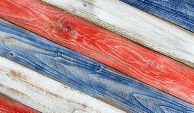 Bordi sbiaditi ad angolo dipinti nei colori del cittadino di U.S.A. Fotografia Stock