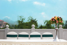 Bordlägga uppsättningen för ett händelseparti- eller bröllopmottagande Arkivfoton