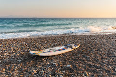 Bordo dell'aquilone sulla spiaggia Fotografia Stock