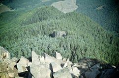 Bordo della roccia della Tabella Immagine Stock