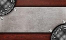 bordo di legno con la decorazione del metallo immagine stock libera da diritti