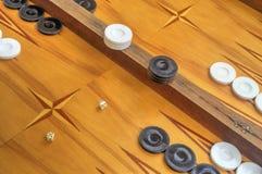 Bordo di legno per il gioco del gioco della tavola reale Immagini Stock