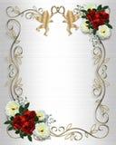 Bordo rosso delle rose dell'invito di cerimonia nuziale su raso
