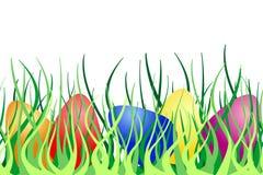 Bordo senza giunte con le uova di Pasqua Su erba verde Fotografie Stock
