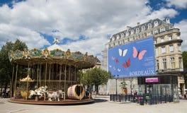 BORDOWIE FRANCJA, WRZESIEŃ, - 6, 2015: Rocznika carousel w Allï ¿ ½ es De Tourny, bordowie, Aquitaine, Francja, Wrzesień 2015 Zdjęcie Royalty Free