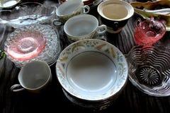 Bordsservis bowlar koppexponeringsglas Royaltyfria Bilder