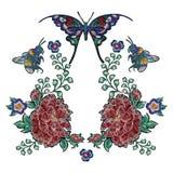 Borduurwerk bloemenflarden met rozenbij en vlinders Stock Afbeeldingen