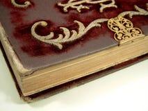 Borduurwerk op oud boek Royalty-vrije Stock Foto