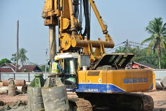 Bore pile rig machine in the construction site Royalty Free Stock Photos