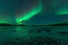 Borealis αυγής, βόρεια φω'τα, Vik, Ισλανδία Στοκ Εικόνα