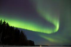 Les aurores au-dessus du lac 8 Photo libre de droits