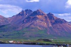 Borgafjordur Eystri Dorf, Island stockfotografie