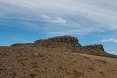 Borgarvirki ist eine Säulenbasaltfestung in Island lizenzfreie stockfotografie