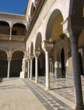 Borggård av Casa de Pilatos Seville, Spanien Royaltyfri Foto
