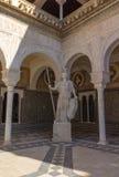 Borggård av Casa de Pilatos Seville, Spanien Royaltyfri Bild