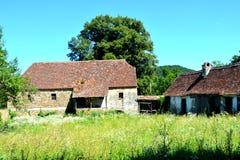 Borggård av den stärkte kyrkliga Rotbaven-Rothbach, Transylvania, Rumänien Royaltyfri Fotografi