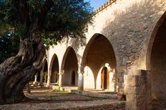 Borggård av kloster Royaltyfria Foton