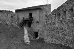 Borggård av Rupea Reps fästning, Transylvania, Rumänien Arkivfoto