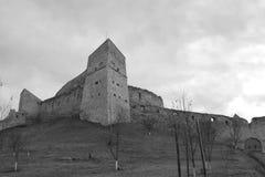 Borggård av Rupea Reps fästning, Transylvania, Rumänien Royaltyfri Bild