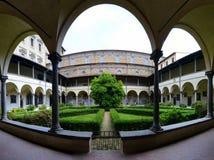 Borggård för Medici kapellinre royaltyfria bilder
