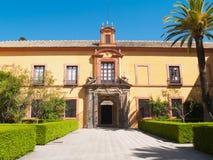 Borggård i kunglig slott, av Seville Fotografering för Bildbyråer
