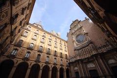 Borggård i Santa Maria de Montserrat Abbey, Spanien Royaltyfria Bilder