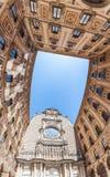 Borggården av Benedictinekloster av Santa Maria de Montserrat Royaltyfri Fotografi