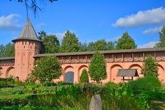 Borggården av den Spaso-Evfimiyevsky kloster i Suzdal, Ryssland Arkivbilder