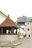 Borggården av slotten Cerveny Kamen i Slovakien Fotografering för Bildbyråer