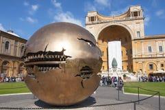 Borggård i de Vatican museerna, Rome Royaltyfri Fotografi