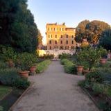 Borghese de villa van de citroentuin Stock Afbeeldingen