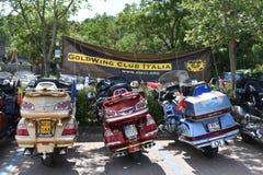 Borghetto sul Mincio, Italië - Juni 23 2018: het verzamelen zich van de Italiaanse Goldwing-Club royalty-vrije stock fotografie