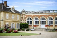 Borgogna Montrachet Chateau de Meursault ` För skjul D eller france royaltyfri bild