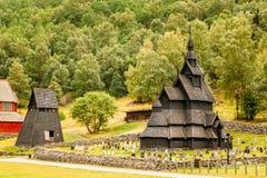Borgund梯级Stavkirke教会和坟园,挪威 库存图片