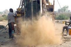 Boring van een put in Burkina Faso Faso Stock Fotografie