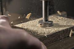 Boring van eiken hout Stock Afbeeldingen