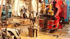 Boringsinstallatie, hydraulische key_9 stock video