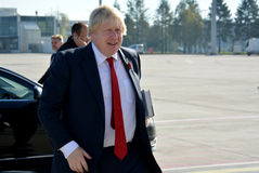 Boris Johnson, secrétaire d'état avec son livre, le facteur de Churchill Photographie stock libre de droits