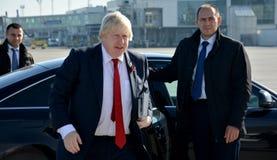 Boris Johnson, secrétaire d'état avec son livre, le facteur de Churchill Photographie stock