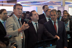 Boris Obnosov, Dmitry Medvedev y Sergey Shoygu Foto de archivo